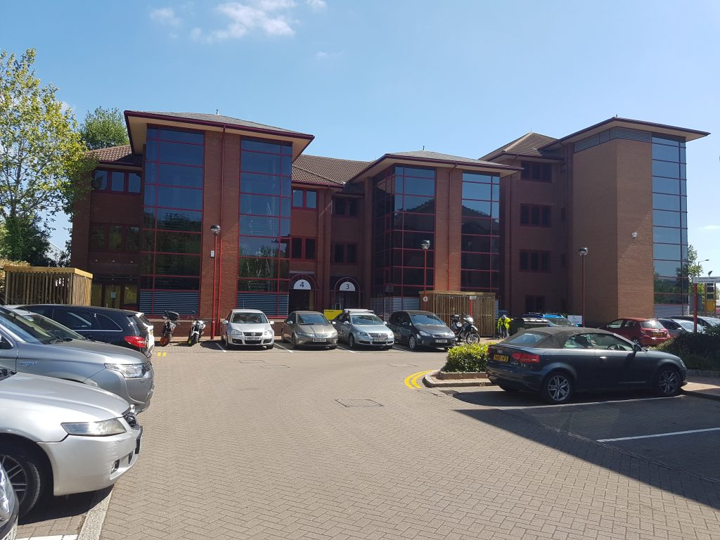 the office centre. To Both The M4 And City Centre Of Bristol. Nine Offices Units Are Spread Between Two Modern Buildings; Currently Available For Lease. Office